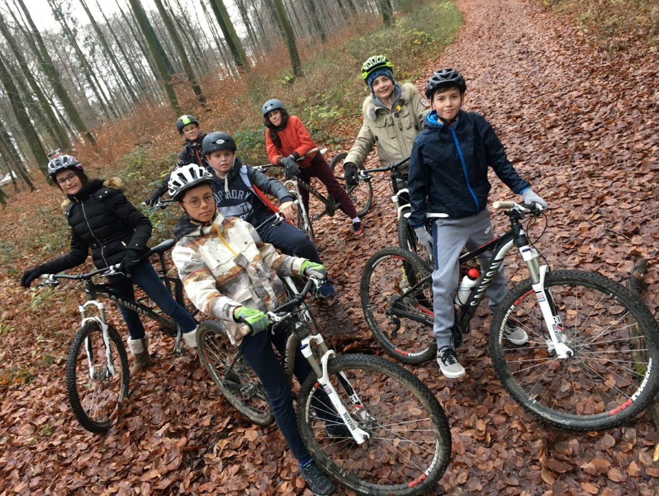 Com'On, Let's Move - Mountainbike, escalade & kin-ball