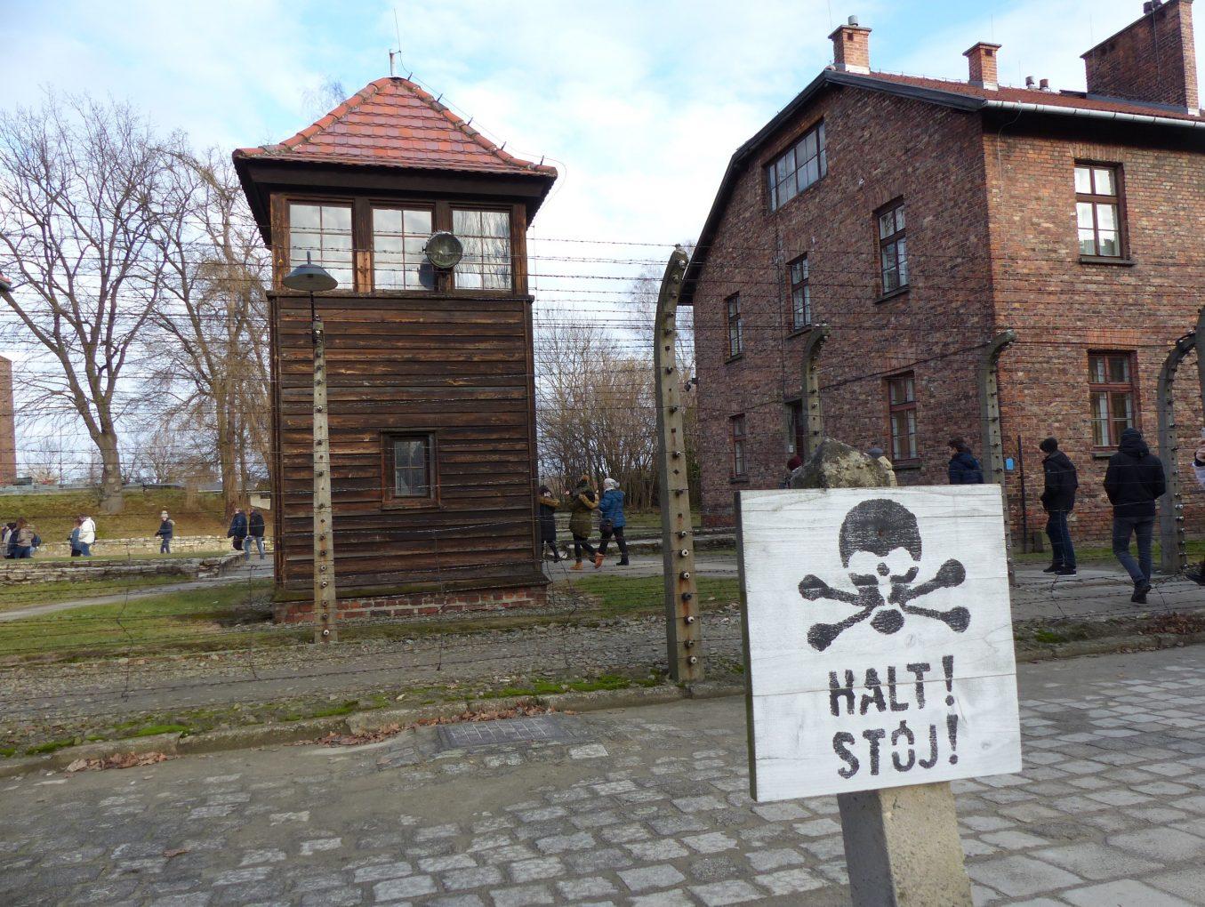 Brochure sur la visite des camps d'Auschwitz