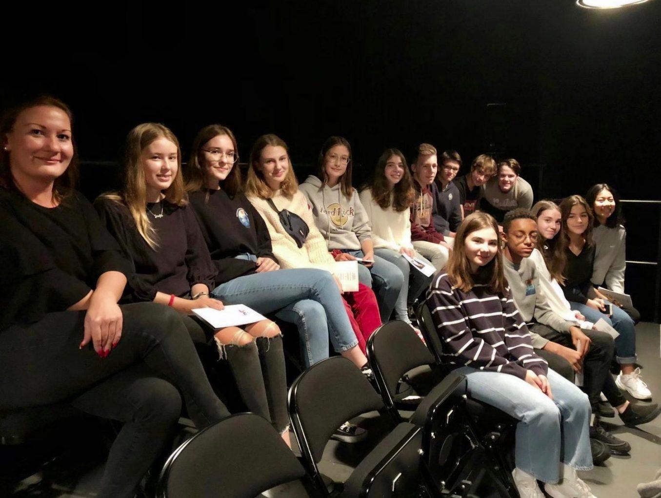 La classe de 5C05 au théâtre